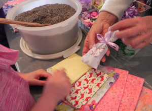 2011 Children's Holiday Craft Workshop lavender sachet