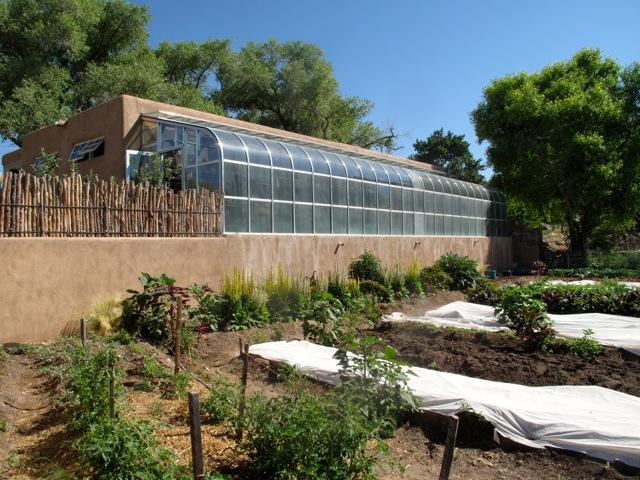 Los Portales greenhouse